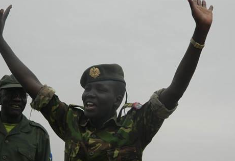 Capt. Nyapouch celebrating the victory of her notorious white army contigents overrunning the heavily armed government and Ugandans troops in Duk and Pareang county. She is now in full control of the area, April 22, 2014 (Photo: Nyalieny|Nyamilepedia)