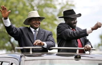 Ugandan President Yoweri Museveni, left, and South Sudanese President Salva Kiir(Photo: BayView)
