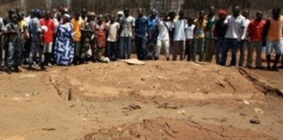 Two masses graves found by the Human rights group to contain the bodies of the Nuer Ethnic massacred in the capital city by the presidential guards (photo: file)