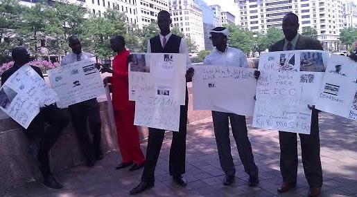South Sudanese protesting in Washington on July 8, 2014(Photo: Nyamilepedia)