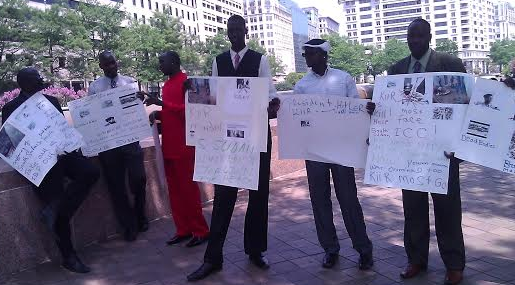 South Sudanese protesting in Washington on July 8, 2014(Photo: Nyamilepedia)