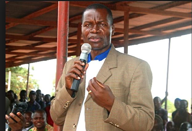 State Governor Bangasi Joseph Bakosoro speaking  in Yambio, in the past(Photo credits:  Joseph Nashion)