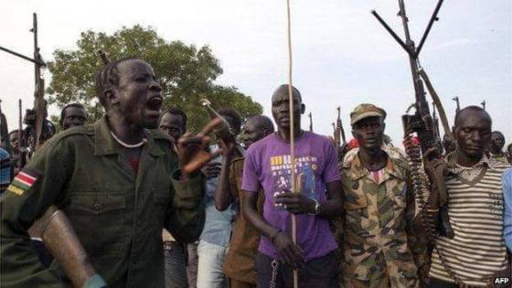 A mixed forces of SPLA-IO and white army converging at a front line in South Sudan(Photo: supplied)