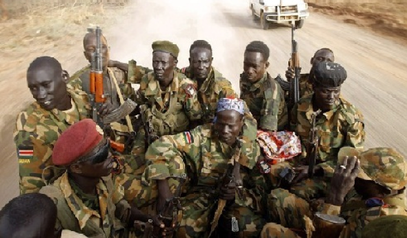 SPLA-Juba soldiers drive in a pick-up truck, South Sudan(Photo: Reuters)
