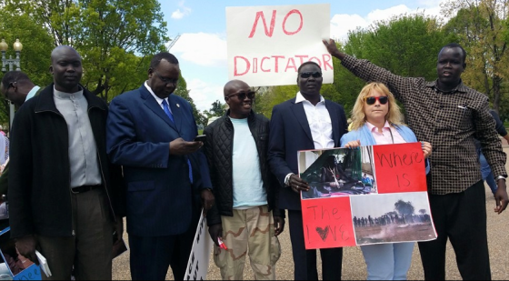 Former South Sudan Member of Parliament, Reath Muoch Tang, leading a protest at Whitehouse, Washingtong, USA(Photo: file/Nyamilepedia)