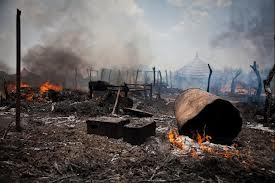 Tukuls burns in South SUdan conflict ....