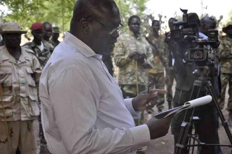 Dr. Riek Machar, the leader of SPLM/SPLA-IO, addressing the SPLM/SPLA leaders in Pagak, April 2015(Photo: Nyamilepedia)