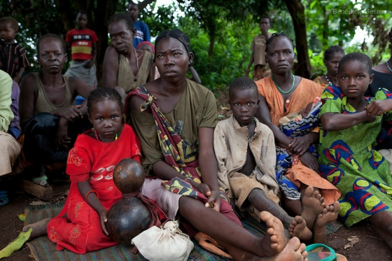 23 may 2010 – Western Equatoria State, South Sudan – People displaced by the LRA attacks. The LRA has attacked a number of roads, villages, and clinics near the town of Tambora over the last week pushing thousands of people to flee to Tambora for protection. Western Equatoria state has been rocked by LRA activities since 2006. Thousands of people have been forced from their homes as brutal attacks continue against the civilian population in the region and neighboring DRC and CAR. Photo credit: Benedicte Desrus