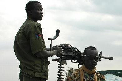 Soldiers from the South Sudan army (SPLA-IO) patrol the streets in the Upper Nile state capital, Malakal, in 2014 after dislodging government troops in the area (Photo: Charles Lomodong)