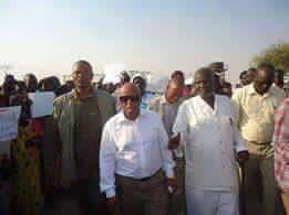 JMEC boss Festus Mogae touring Bentiu in Unity State (Photo: file).